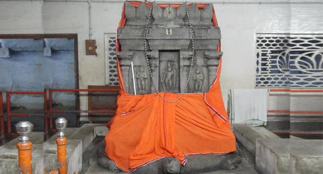 Sri Yogeendra Teertha (1671-1688) / ஸ்ரீ யோகேந்திர தீர்த்தர்