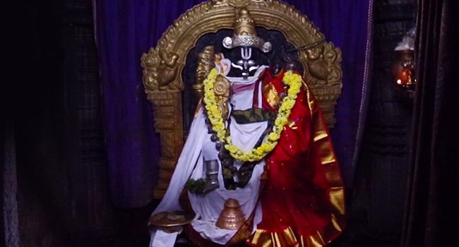 Main deity/ಮೂಲದೈವ: