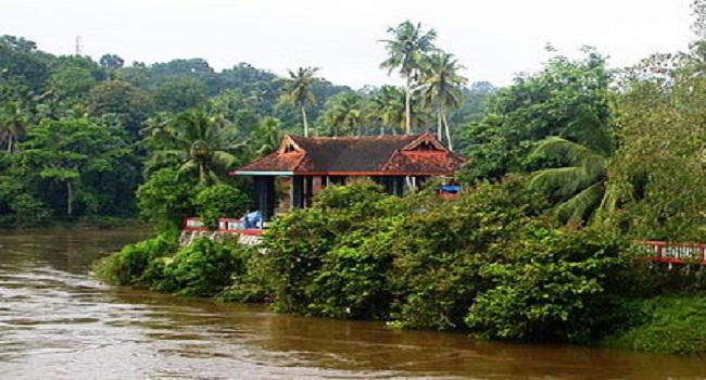 Thanikkudam Bhagavathi Temple/താണിക്കുടം ഭഗവതി...