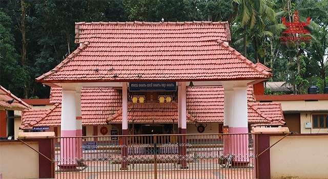Main Deities / പ്രധാനപ്രതിഷ്ഠ