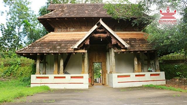 Main Deity /പ്രധാനപ്രതിഷ്ഠകൾ