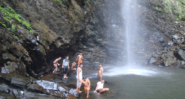Seeta river falls Hibru